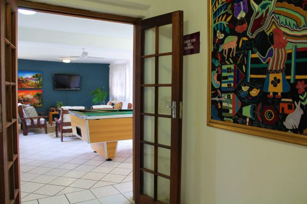 accommodation-entertainment-room